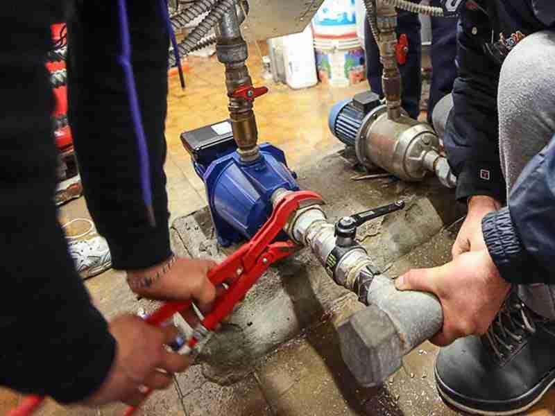 sostuzione di pompe idrauliche