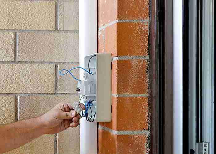 elettricista disponibile 24/24h a san giuliano milanese
