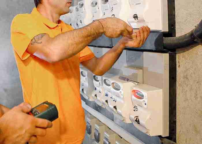 riparazione salvavita e impianto elettrico