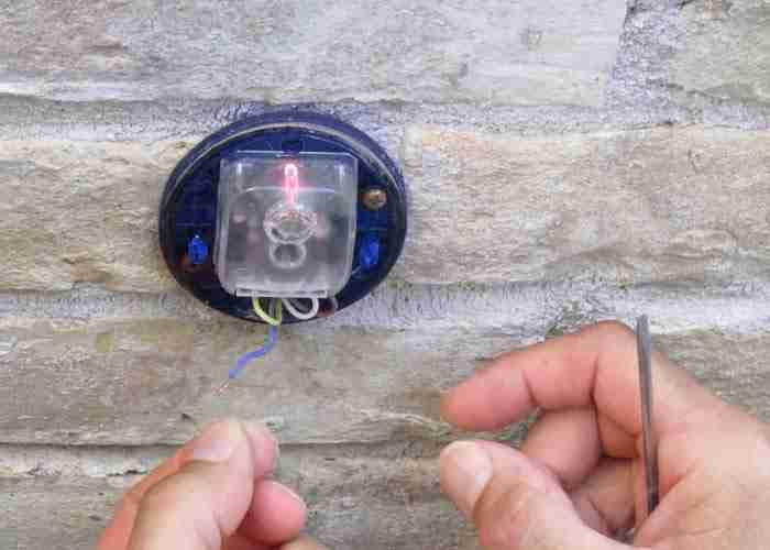 Riparazione guasto fotocellula di un cancello elettrico