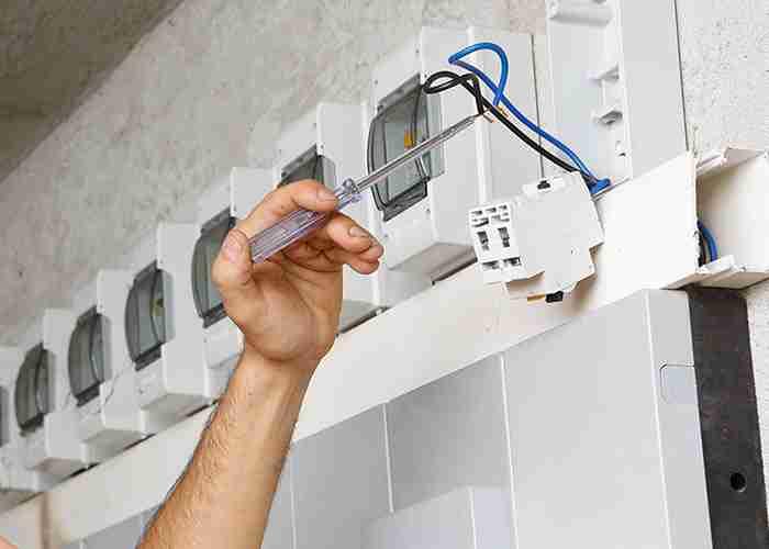 Riparazione urgente guasto elettrico al contatore