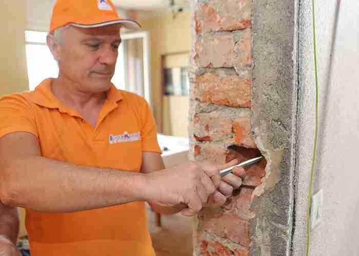 sostituzione vecchi infissi a Cologno Monzese