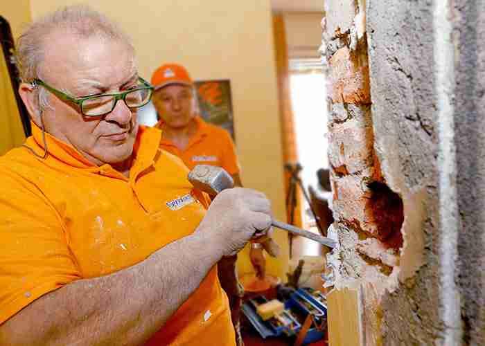 riparazione e montaggio porte blindate a Rozzano