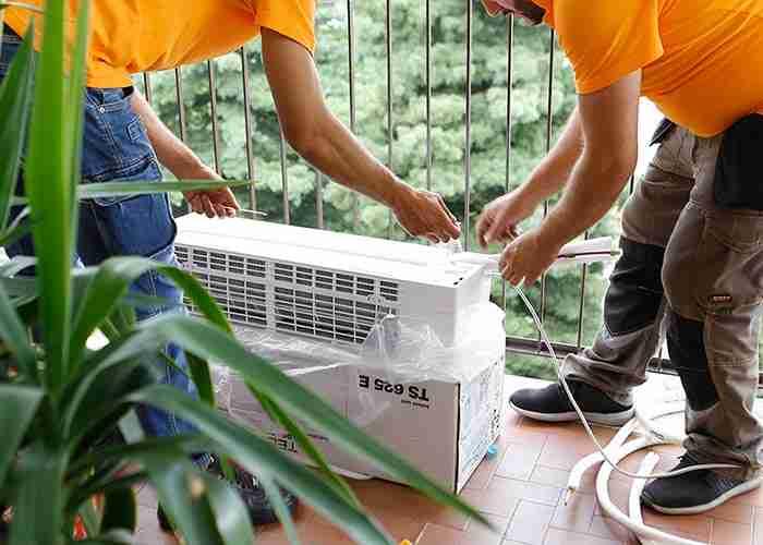 Tecnici esperti in installazione condizionatori a casa
