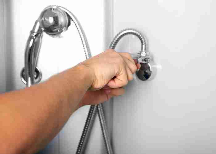 supermario24 riparazione box doccia - Come trovare i migliori idraulici a Cermenate? Con SuperMario24