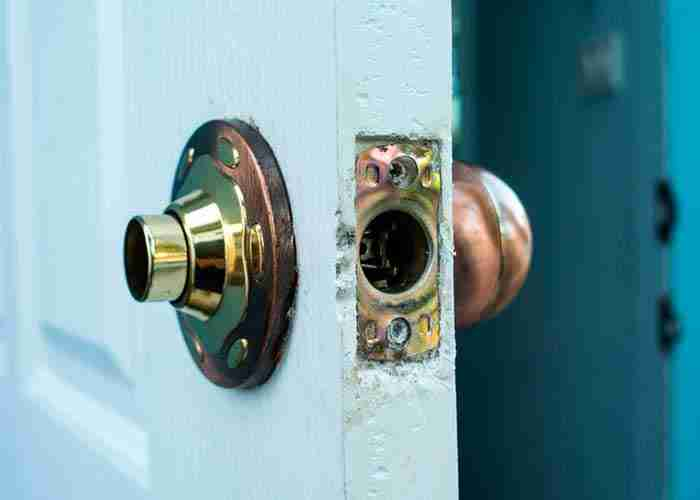 supermario24 serratura rotta da ladri
