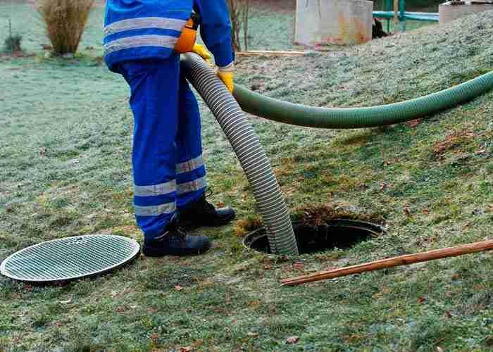 supermario24 spurgo della fossa biologica in giardino