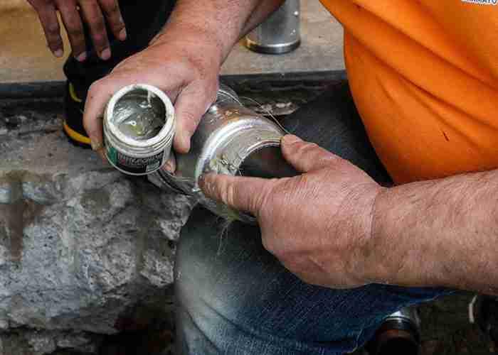 Risoluzione perdite con sostituzione tubi idraulici