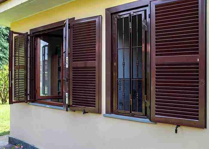 Installazione serramenti e grate di sicurezza