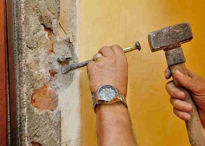 Esperti in pronto intervento per tutti i tipi di serramenti e infissi