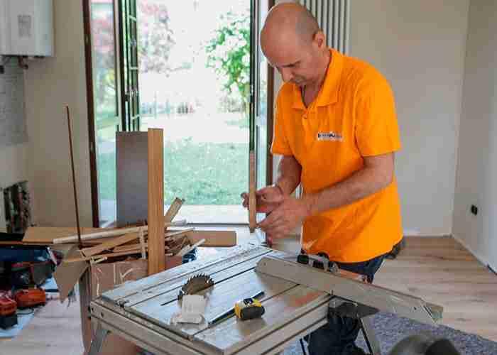 Professionisti per le riparazioni di finestre in legno