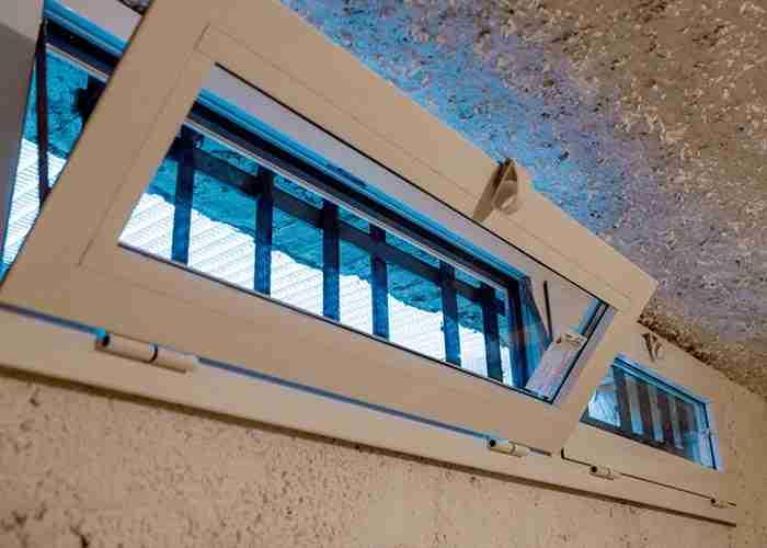 supermario24 riparazione installazione serramenti pvc - Tutti gli interventi su serramenti e serrande a Castelletto Sopra Ticino