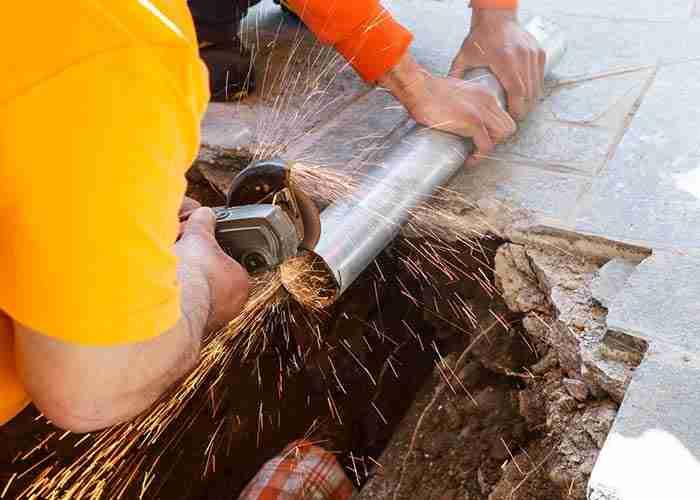 tecnici esperti per riparazione e montaggio tubature idrauliche