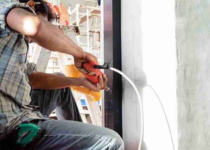 Esperti nella riparazione porta ingresso casa