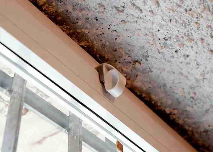 supermario24 tecnico riparazione finestre - Una tapparella rotta? Ai serramenti e alle serrande di Casorate Primo pensa SuperMario24